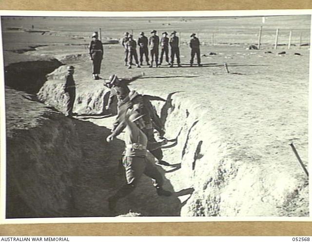 WAGGA WAGGA, NSW  1943-06-16  HAND GRENADE PRACTICE AT THE ROYAL