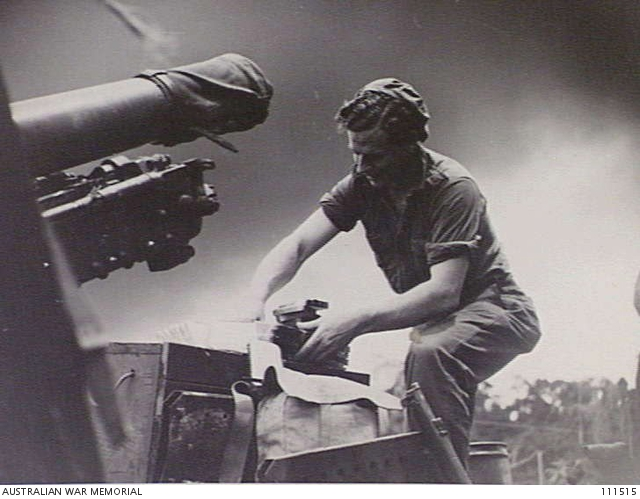 SERIA, BORNEO, 12 JULY 1945  TWO 25 POUNDER GUNS AND MEMBERS