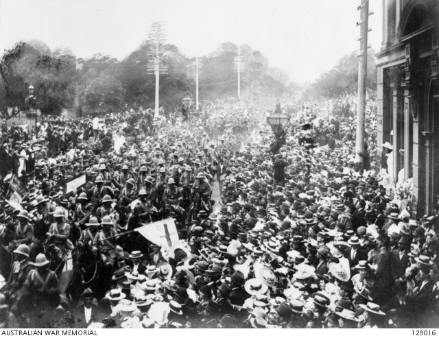 Crowds turn out in Sydney to farewell troops departing for the war in South Africa.