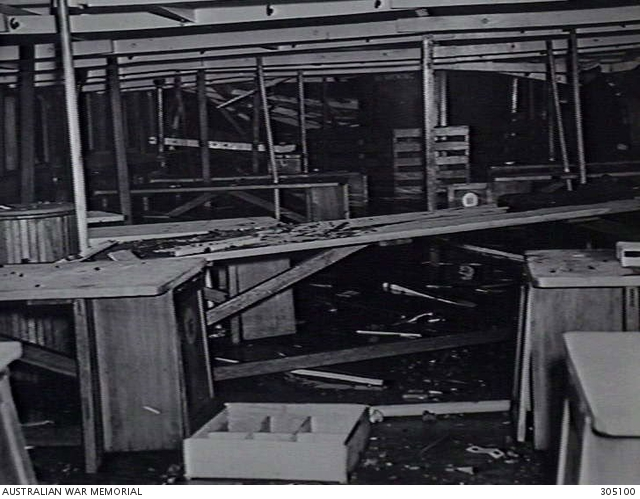 Garden Island Sydney Nsw 1942 06 10 The Wreckage Of The Interior