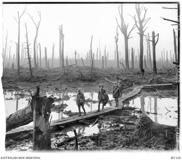 Frank Hurley (1885-1962) | Australian War Memorial