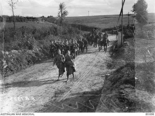 American troops arriving at Templeux, 28 September 1918, to join Australians in attacking the Hindenburg Main Line.