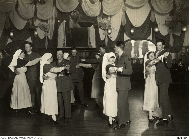 Nursing sisters dancing with soldiers, 1919. H01184
