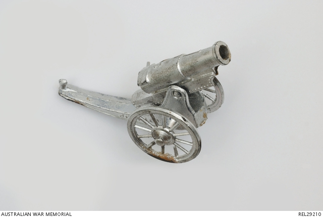 Model field gun from wedding cake : Sergeant H S Smith, Royal Australian Artillery.REL29210