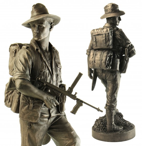 Naked Army figurine: commando (Second World War)