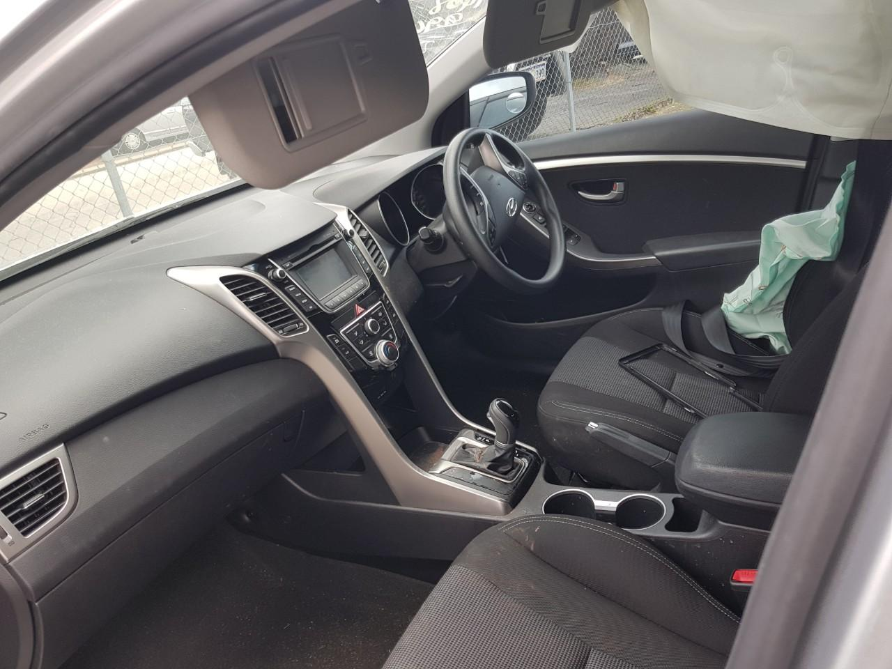 View Auto part Airbag Assembly Hyundai I30 2013