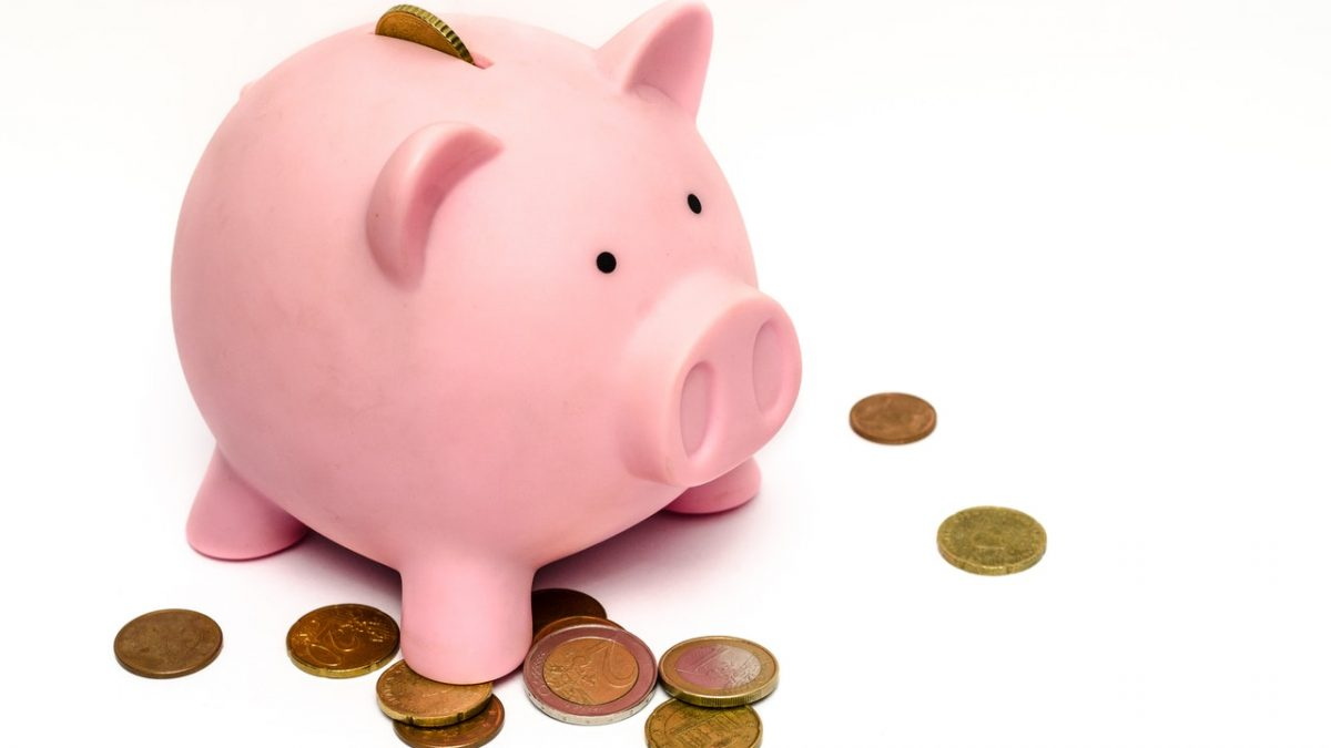 saving money on funeral piggy bank