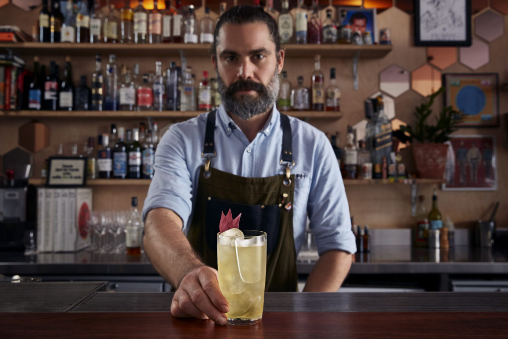 Image for the post Goodbye straws: an innovative new glass design launches