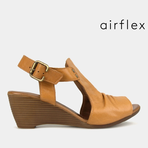 WATTLE Leather Wedge Sandals