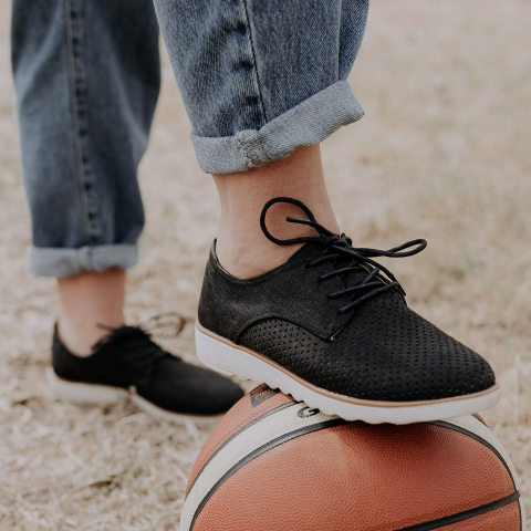 ALLY Vegan Lace-Up Shoes