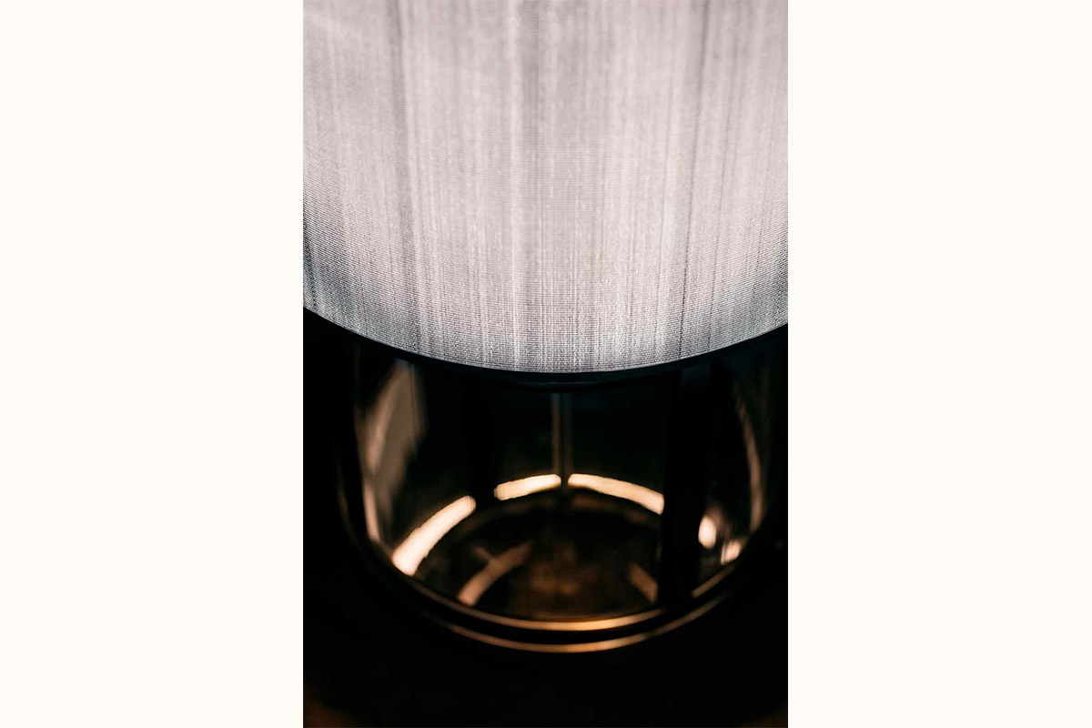CHASM-TABLE-LAMP-b2