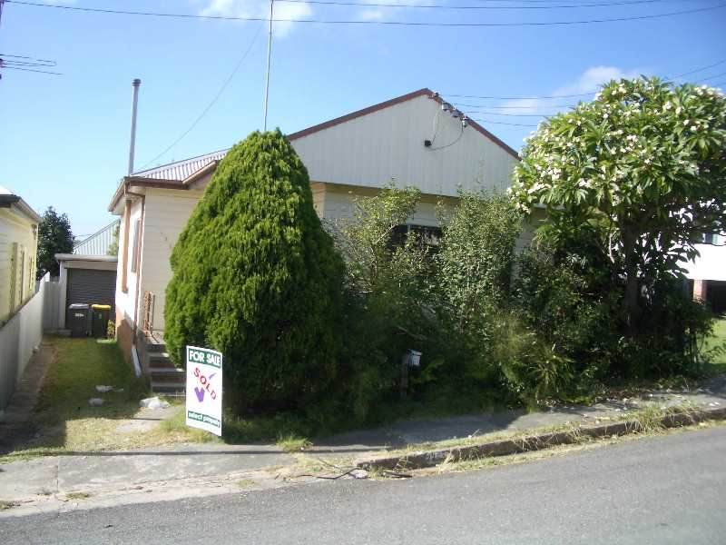 Brad purchased this Newcastle home for $262,500.