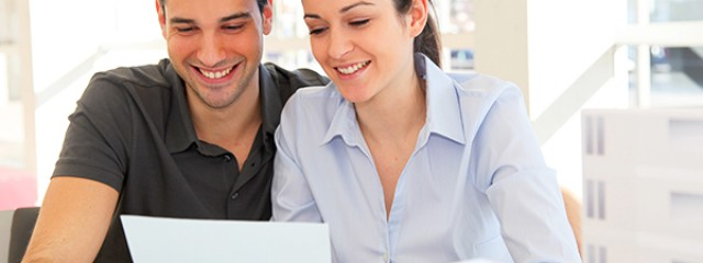 financial_spring_clean_couple_Laptop