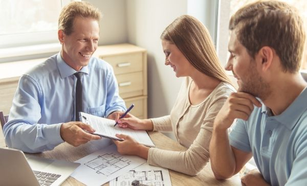 """<div style=""""font-weight:bold; line-height:22px; margin-bottom:10px;""""><a href="""" https://www.bmtqs.com.au/bmt-insider/building-an-investment-property/""""> Benefits of building a new investment property  </a></p>"""