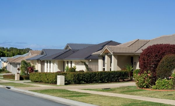 """<div style=""""font-weight:bold; line-height:22px; margin-bottom:10px;""""><a href="""" https://www.bmtqs.com.au/bmt-insider/what-residential-investors-need-to-know-about-6-month-moratorium-evictions/ """"> What residential investors need to know about the 6 month moratorium on evictions </a></p>"""