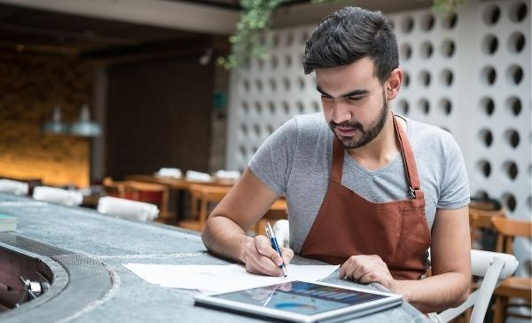 """<div style=""""font-weight:bold; line-height:22px; margin-bottom:10px;""""><a href="""" https://www.bmtqs.com.au/bmt-insider/common-small-business-mistakes/""""> 5 common small business mistakes to avoid </a></p>"""