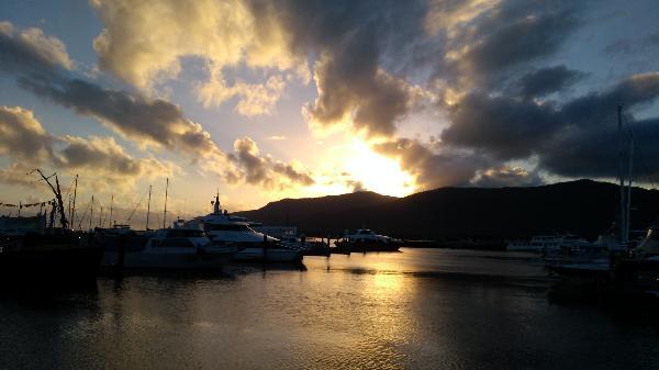 Breathtaking dawn at Sunkist