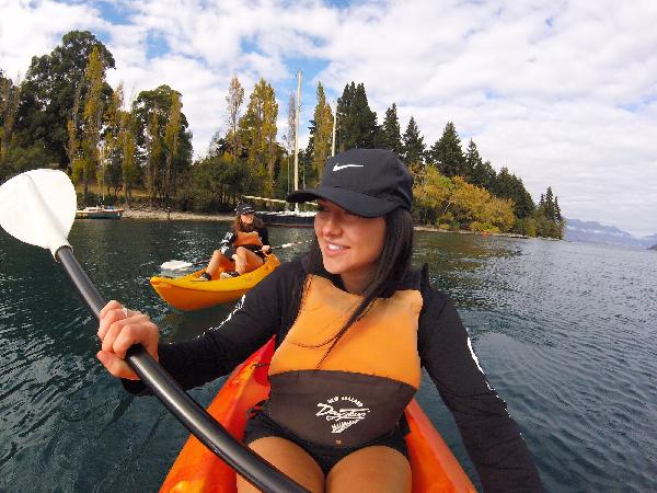 45 min single kayak hire