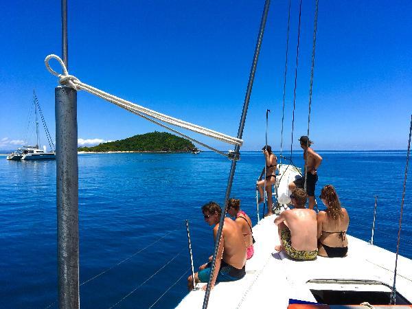 Whitsundays Sailing - last Minute Discounts