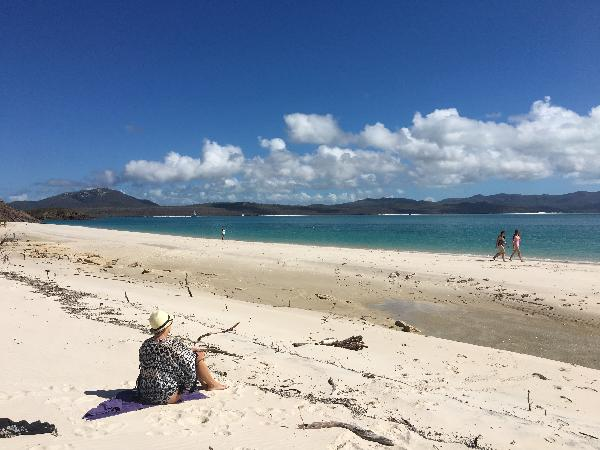 Whitehaven Beach and Island All Inclusive Day Tour - ZigZag