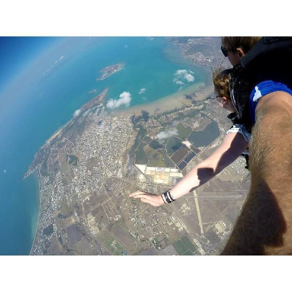 Amazing skydive