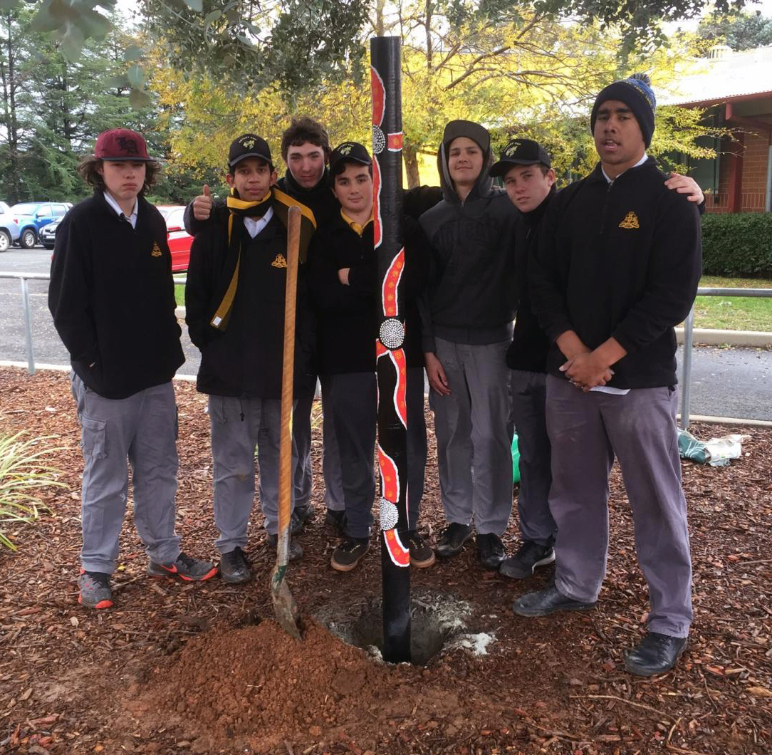 Completion of story pole by Orange High School year 10 Girri Girri students, Brad Simms, Nick Robbins, Jarlen Munday, Jayden Leece, Blaine Bennet, Riley Ward, Elijah Smyth.