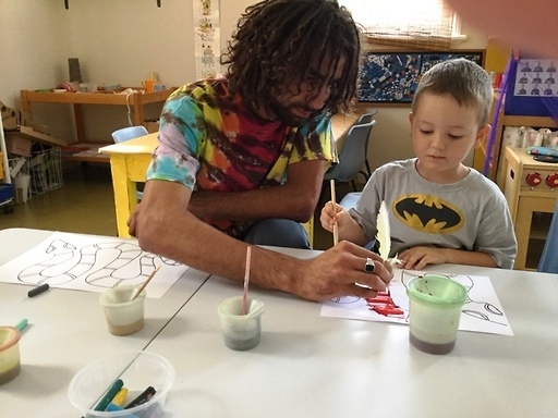 Nathan Lygon artist and musician, works with children on connections to the natural environment, flora and fauna through art and music with the emphasis on local language and knowledge.