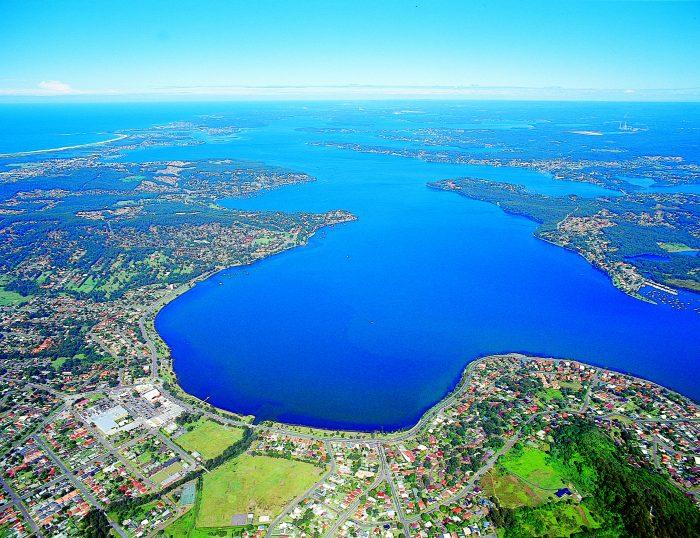 LakeMacquarie-700x538