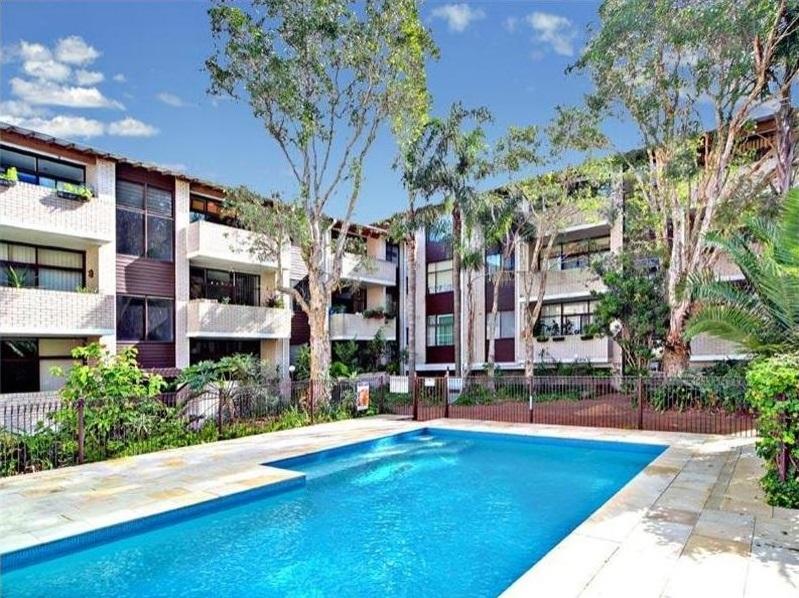pool_Fabrizio-Monterey.jpg