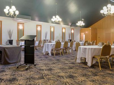 North Lakes Resort Golf Club venue hire - enquire today