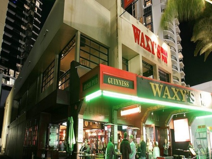 Waxys Irish Pub
