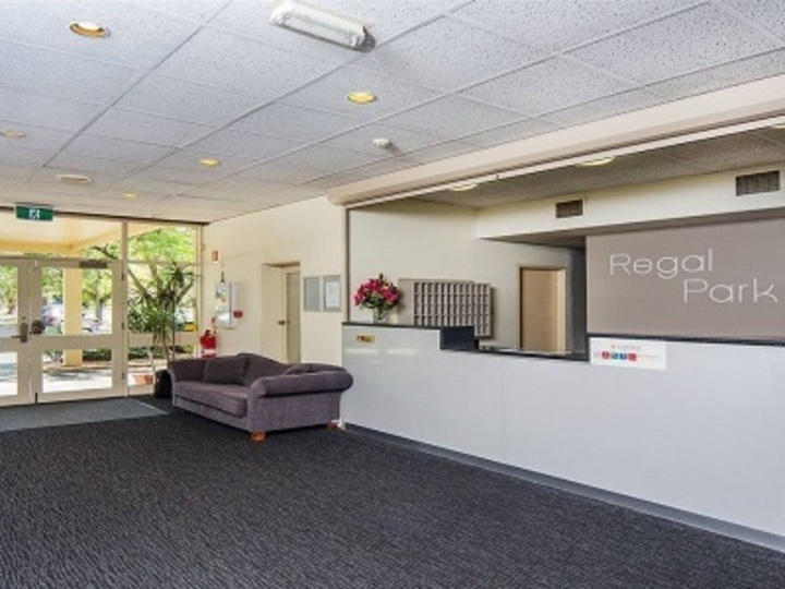 Comfort Inn Regal Park