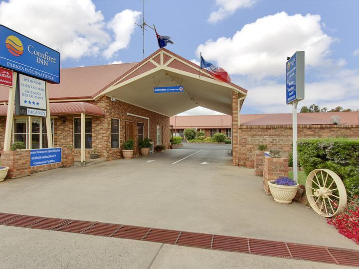 Comfort Inn Parkes International Hotel