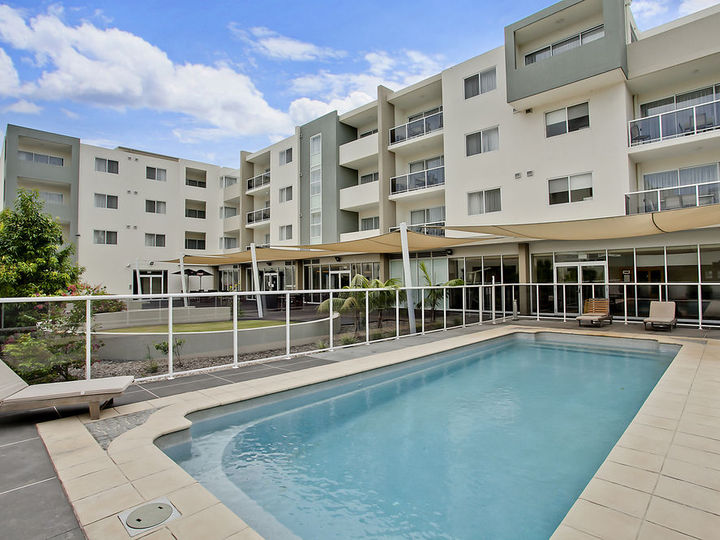 Quality Suites Pioneer Sands Wollongong