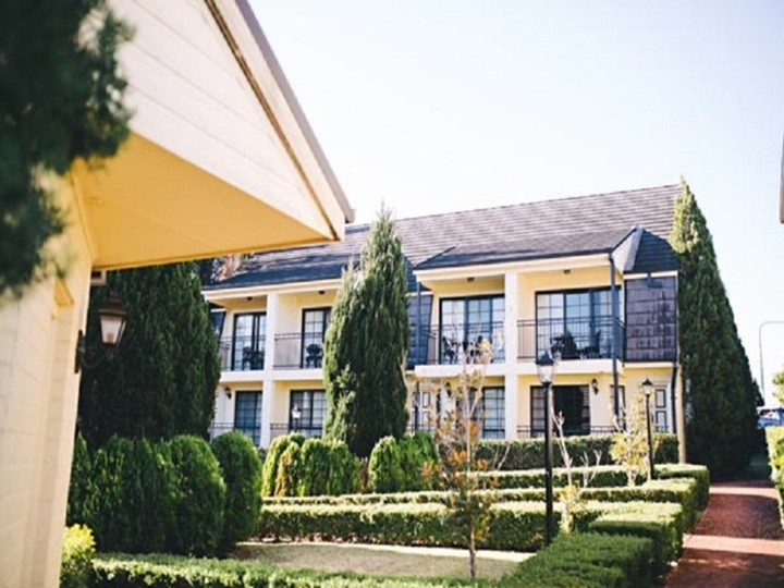 The Camden Valley Inn