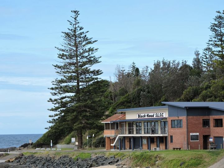 Black Head Surf Lifesaving Club