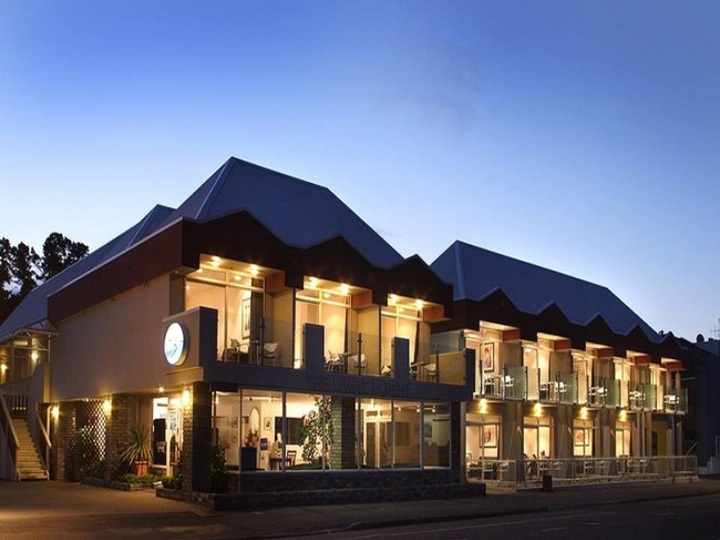 Marlborough Vintners Hotel