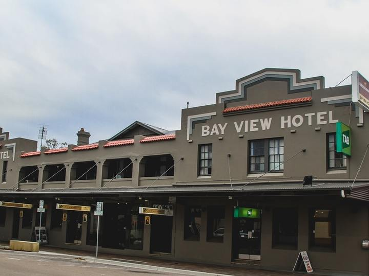 Batemans Bay Bayview Hotel