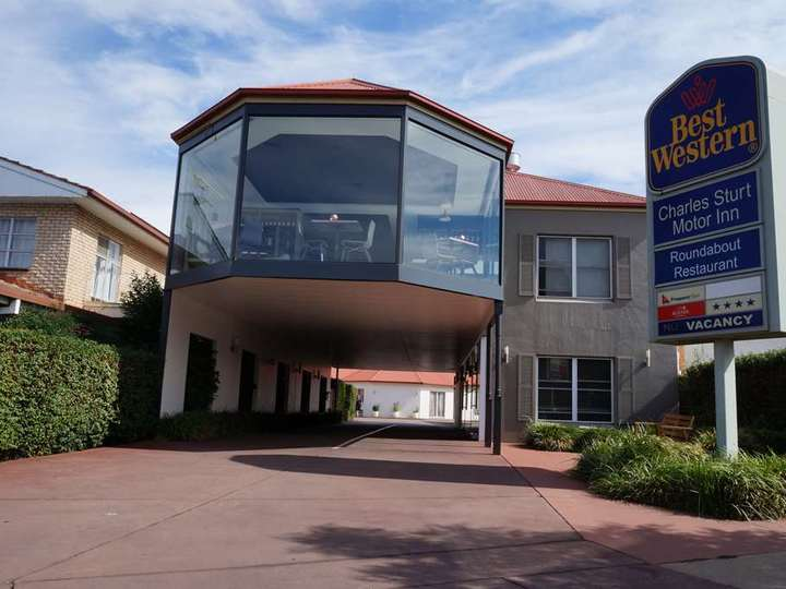Best Western Plus Charles Sturt Suites and Apartments