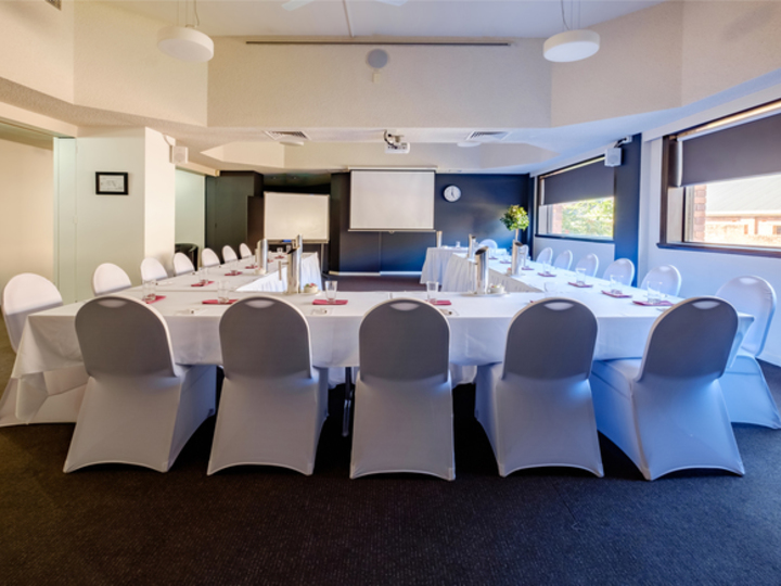 conference venues tasmania ivvy. Black Bedroom Furniture Sets. Home Design Ideas