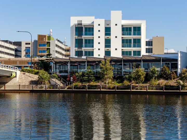 Mercure Sunshine Coast Kawana Waters