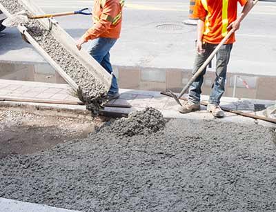 concrete driveway pouring