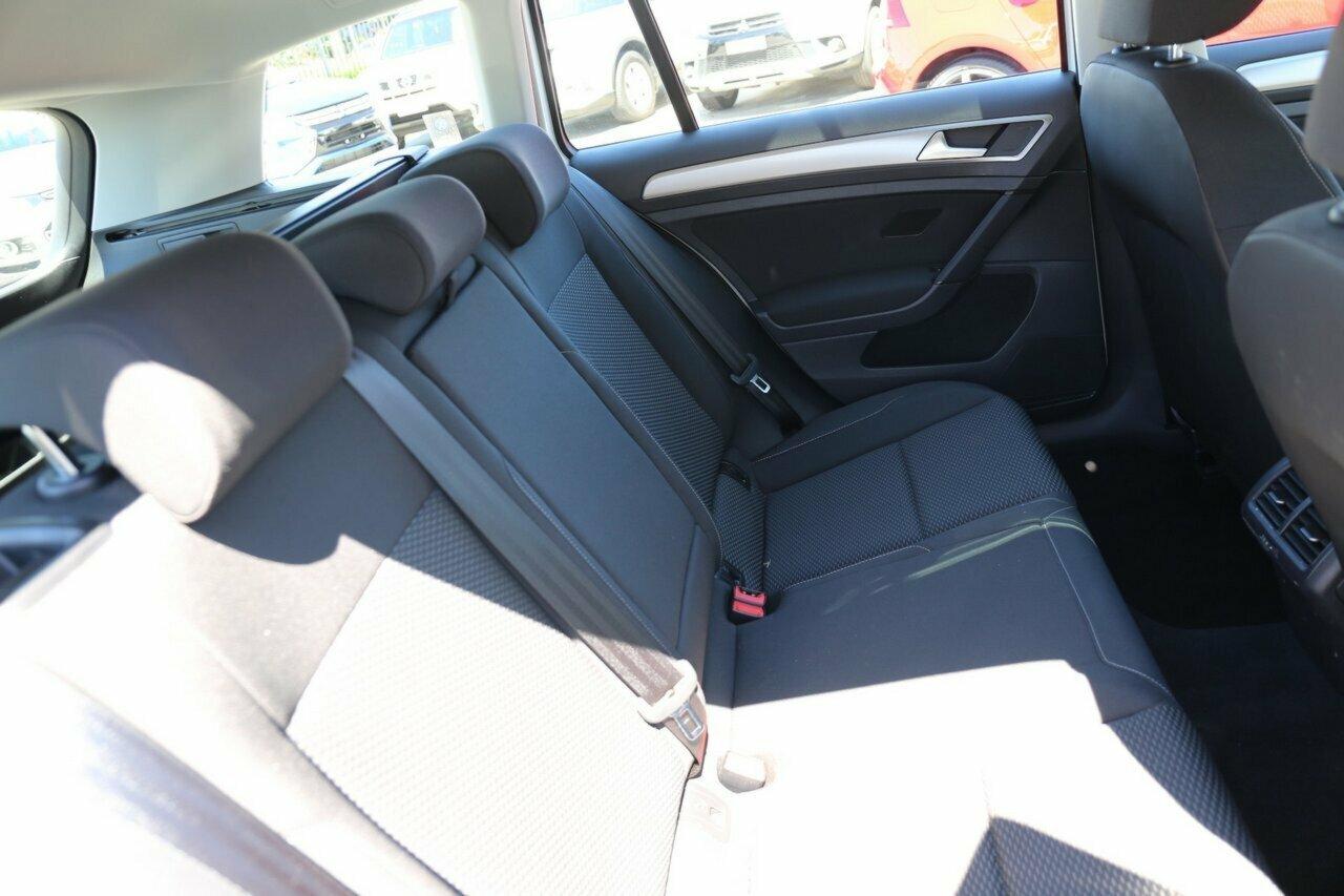 2018 Volkswagen Golf 110TSI 7.5 5-Door Wagon  - image 4