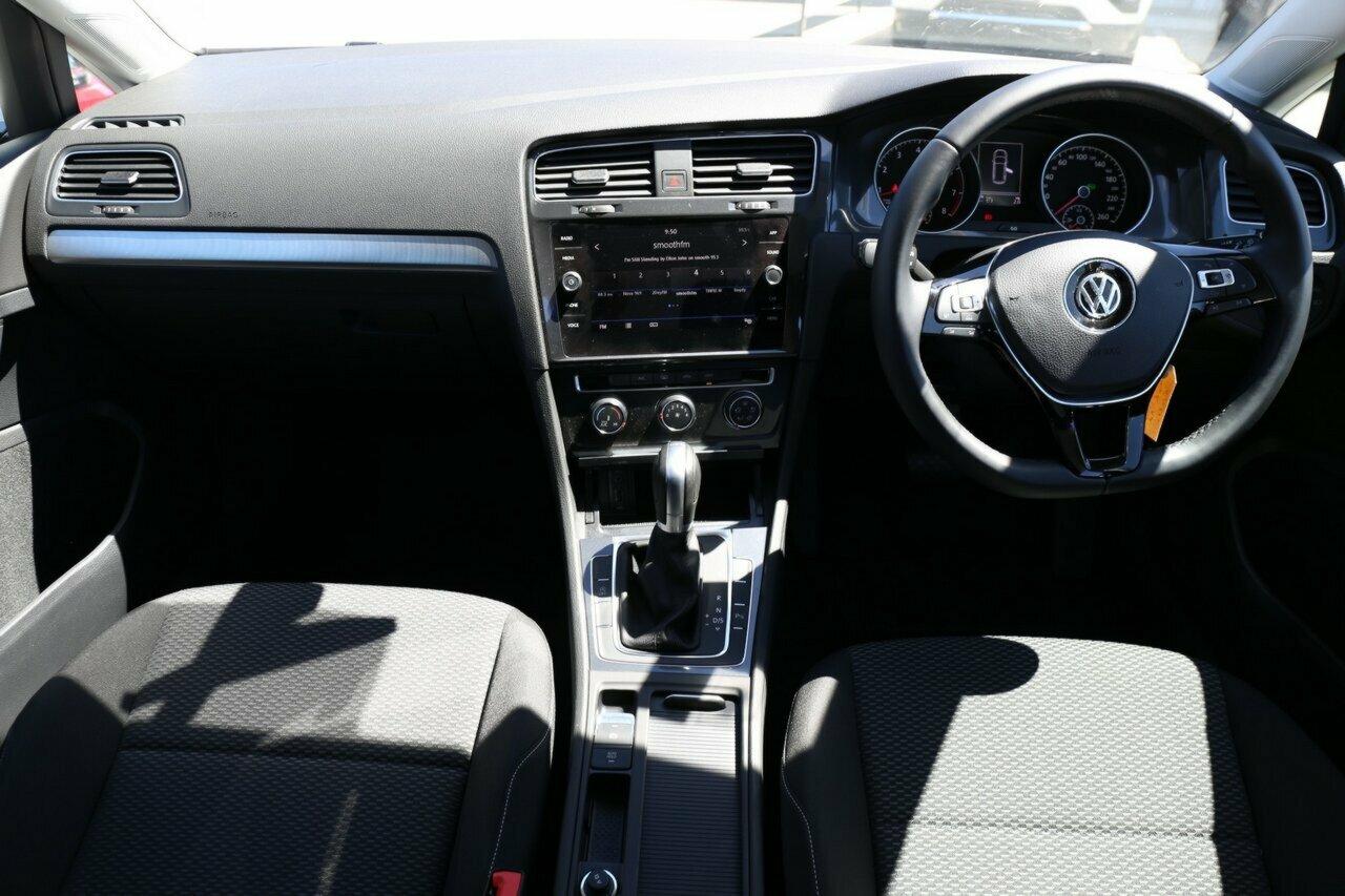 2018 Volkswagen Golf 110TSI 7.5 5-Door Wagon  - image 5