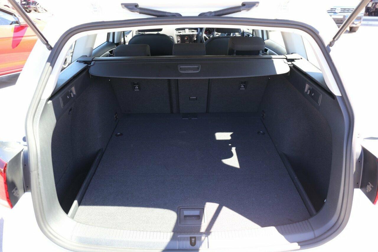 2018 Volkswagen Golf 110TSI 7.5 5-Door Wagon  - image 13