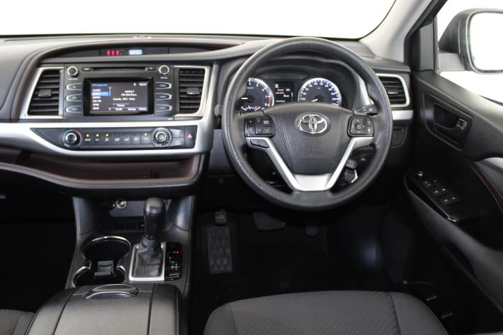 2017 Toyota Kluger GX Auto 2WD - image 29