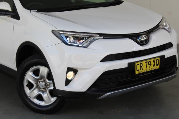 2018 Toyota RAV4 GX Auto 2WD - image 8