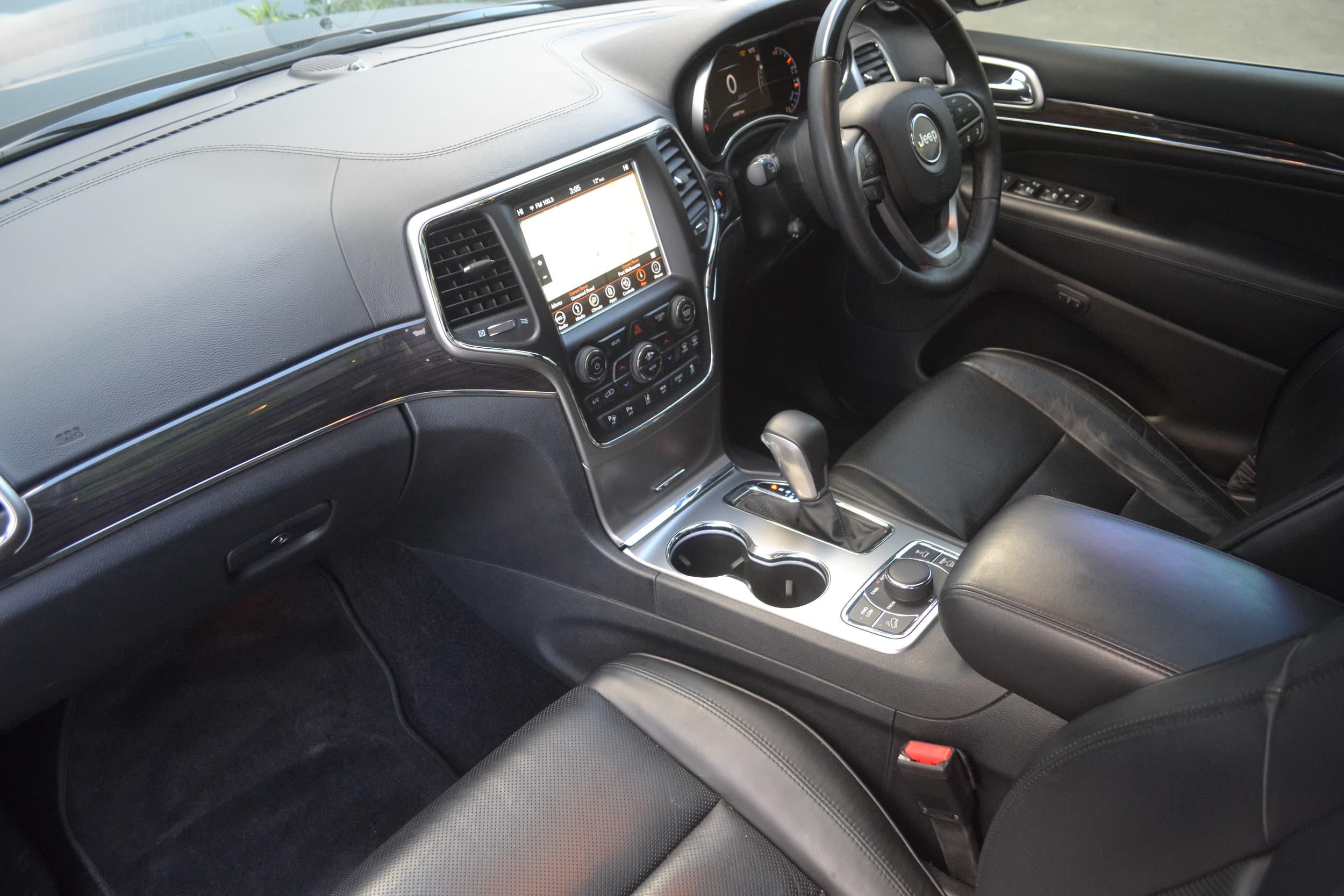 2018 Jeep Grand Cherokee Overland Auto 4x4 MY18 - image 11