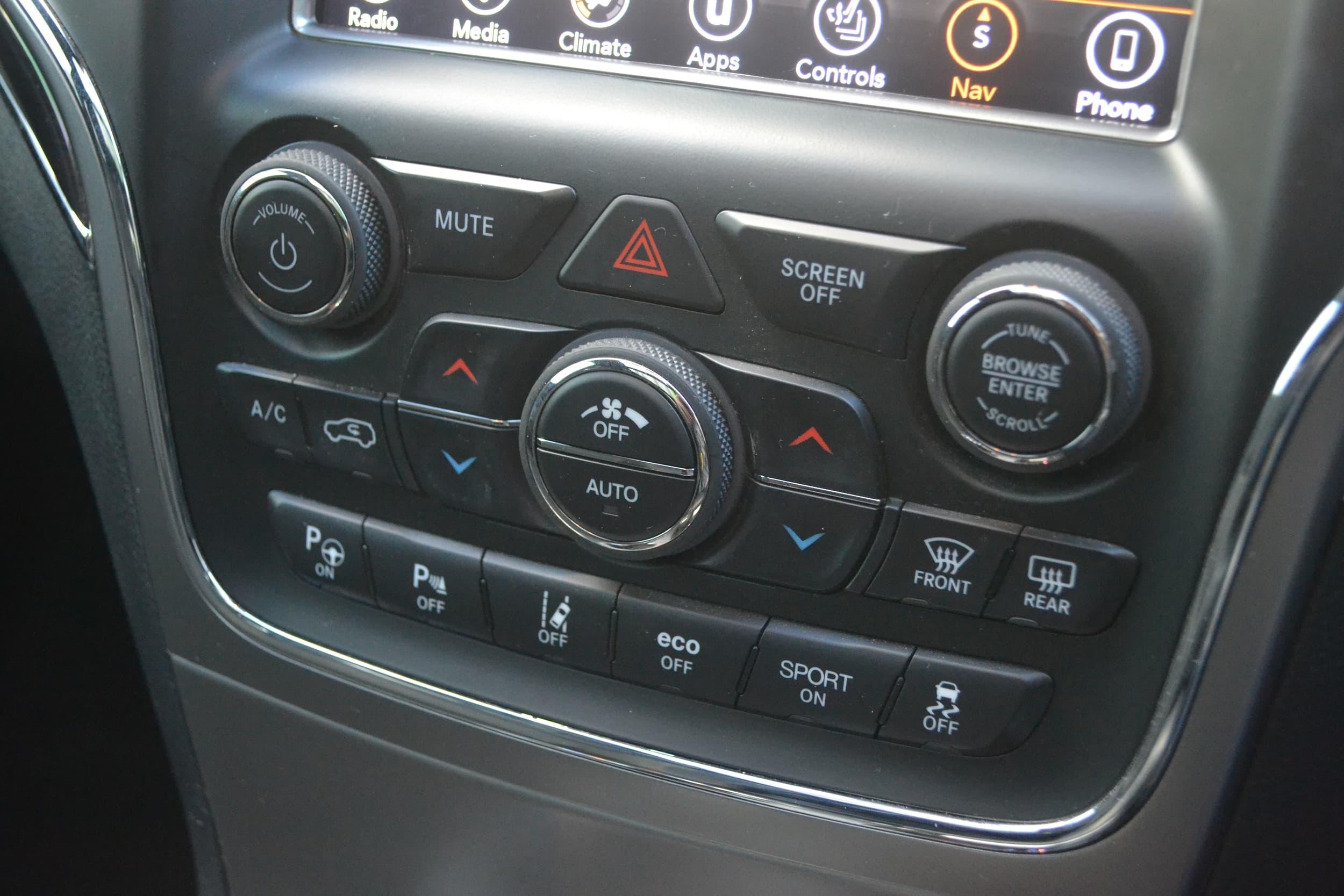 2018 Jeep Grand Cherokee Overland Auto 4x4 MY18 - image 17