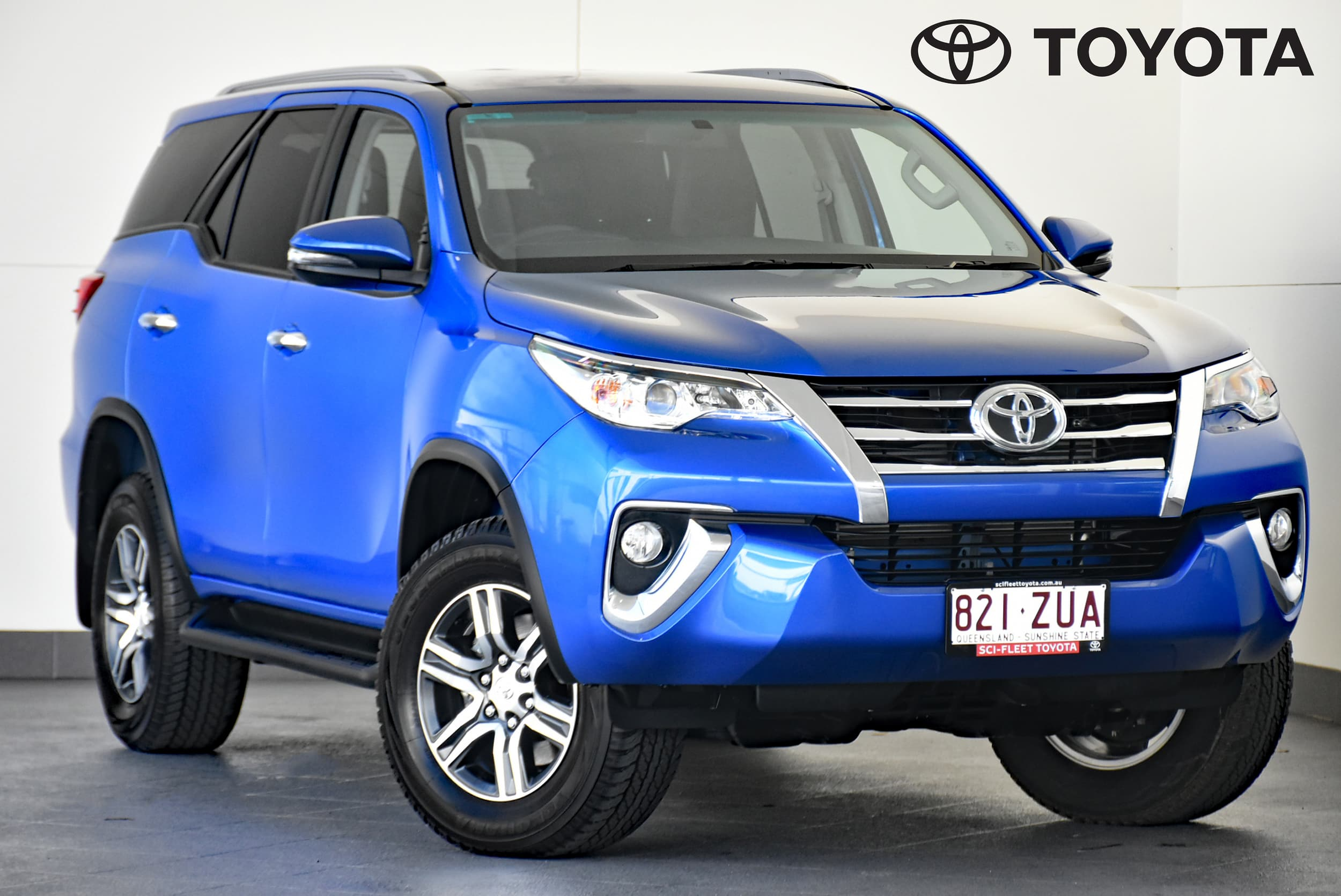 2019 Toyota Fortuner GXL Auto 4x4 - image 1